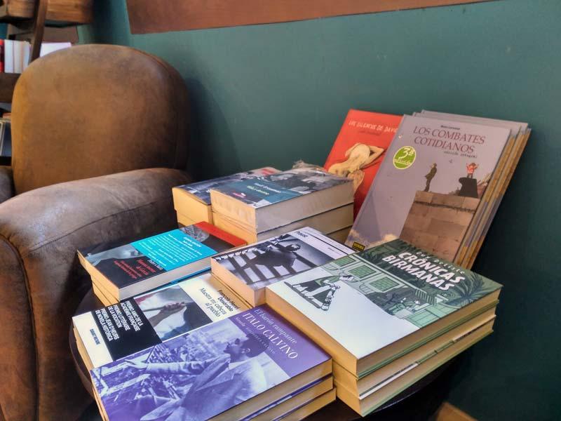 La mesilla del lector. David Diego - Letras Corsarias Librería Salamanca